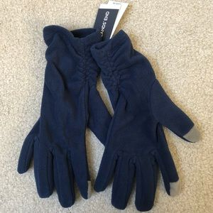 🧤 NWT Fleece Gloves with Touch Tech